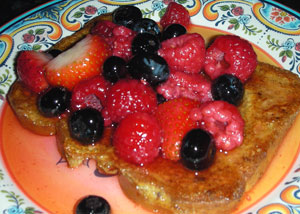 Spiced French Toast with Seasonal Berries